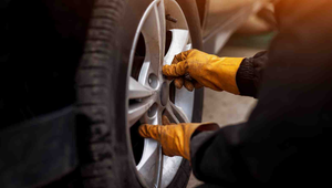 Should You Change Your Car's Tires with the Seasons?
