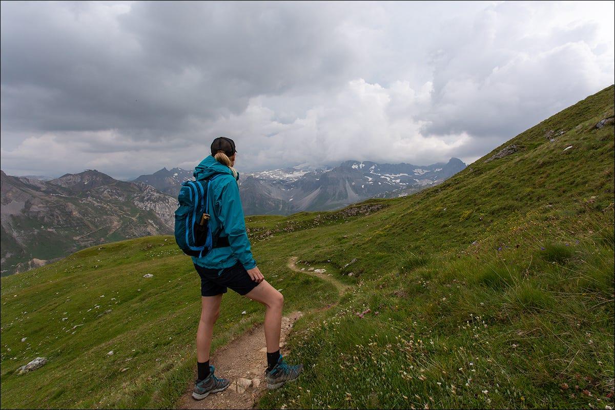 hedda hiking