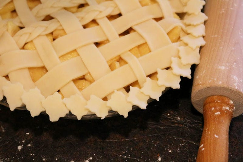 Small Squares have been added to a pie to create a modern edge.