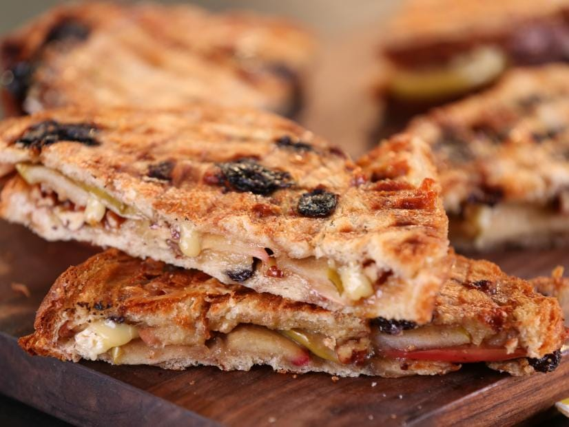 Bobby Flay apple and brie panini on cinnamon raisin bread