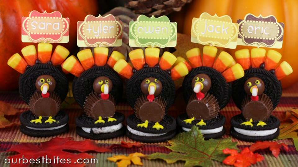 adorable turkey placeholders made from Oreo cookies and candy