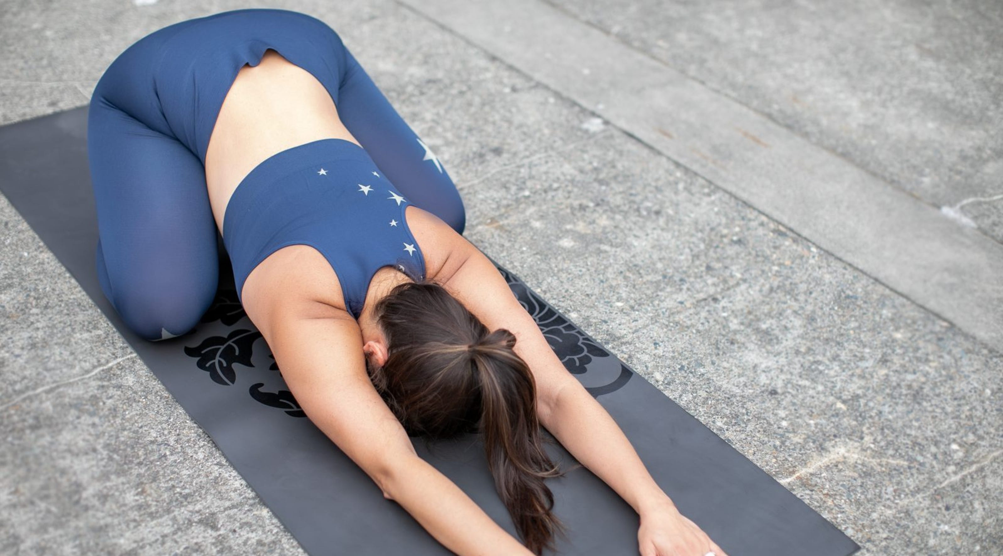 50 Easy Yoga Poses You Don't Have to Be an Expert to Perform ...