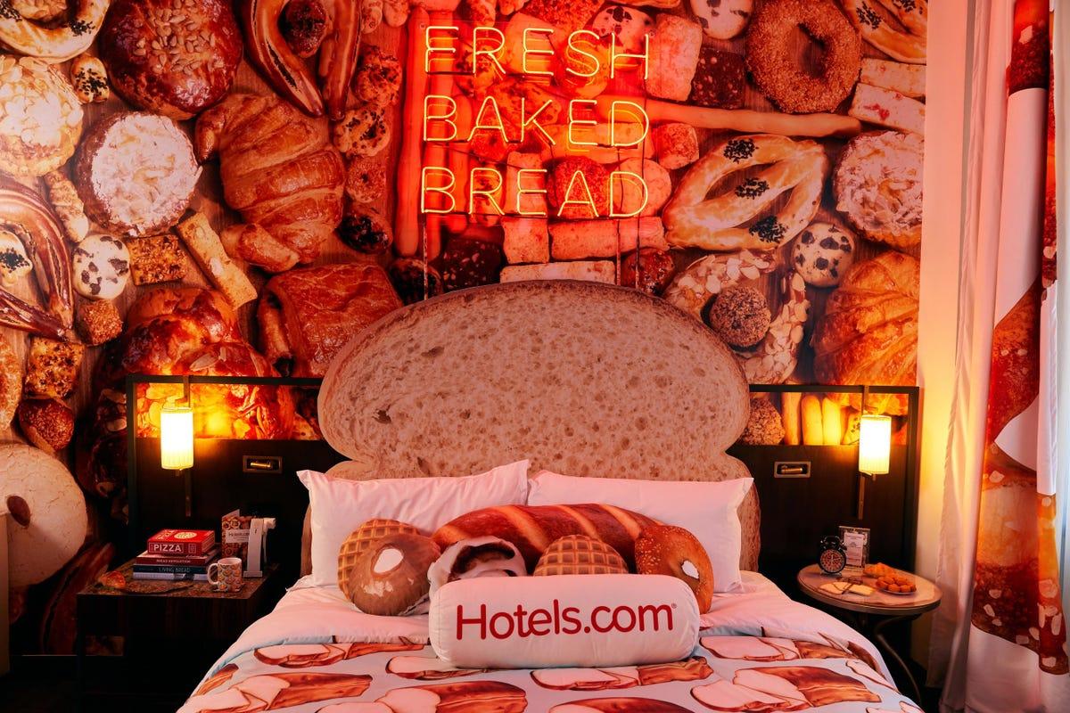 bread hotel