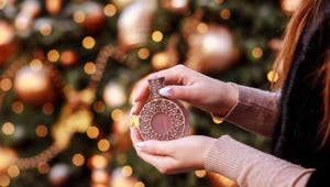 How to Choose a Winter Scent You'll Love