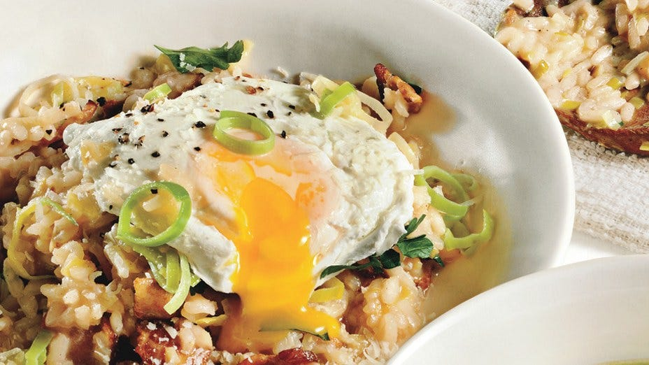 bacon and leek with poached egg risotto