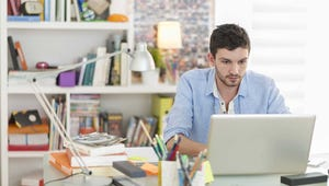 8 Ways to Stay Focused in Virtual College Courses