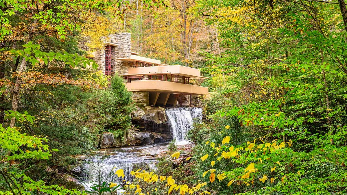 A beautiful shot of the iconic Frank Lloyd Wright house, Falling Water.