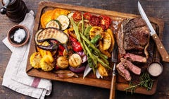 Use the Touch Test to Check Your Steaks Temperature