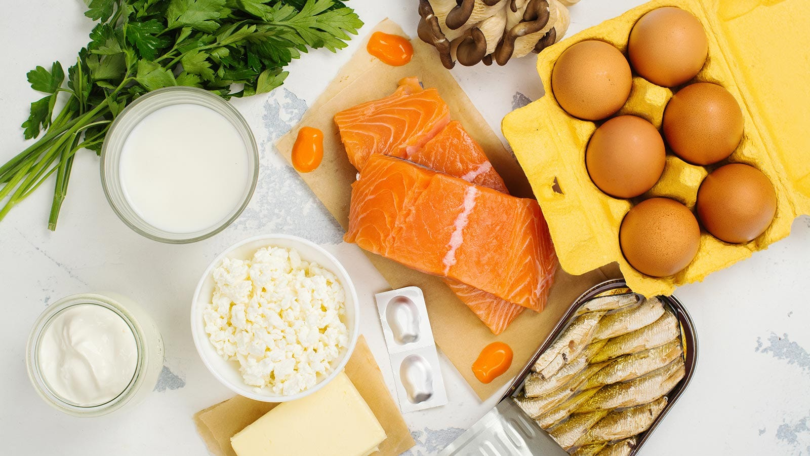 Foods that naturally contain vitamin D.