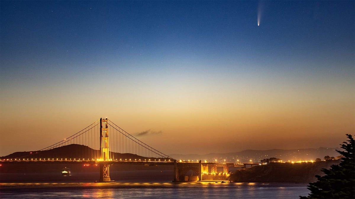 Comet C/2020 F3 (NEOWISE) over the Golden Gate Bridge.
