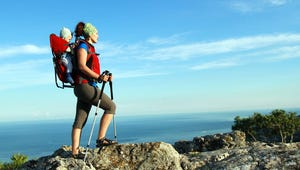 7 Handy Products to Make Hiking with a Baby Easier