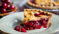 5 Delicious Fruit Pies You Absolutely Have to Make This Summer