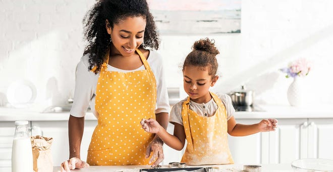 Holiday 2020: 10 Gift Ideas for Your Young Aspiring Chef