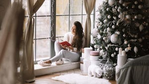 Holiday 2020: 18 Fun Gift Ideas for Literature Lovers