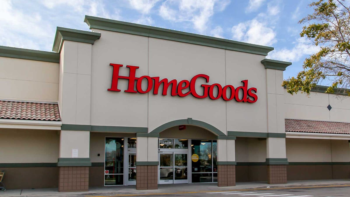 The front of a HomeGoods store.