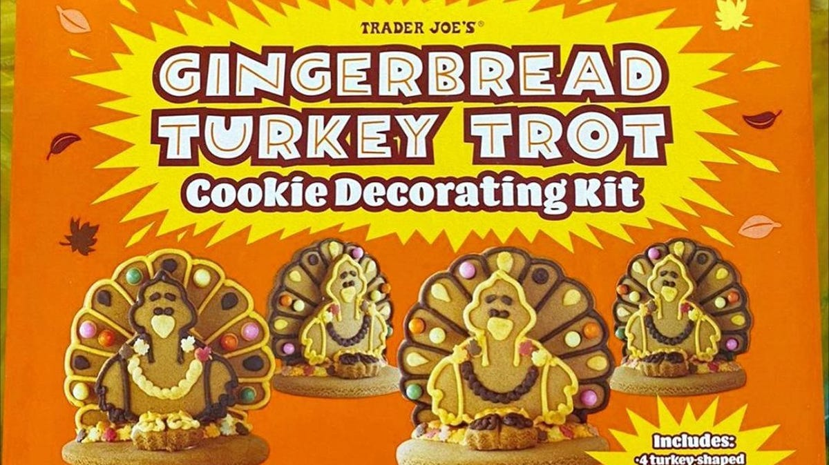 The box for the Gingerbread Turkey Trot Cookie Decorating Kit.