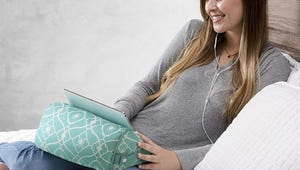 The Best Tablet Pillows that Fit Comfortably In Your Lap