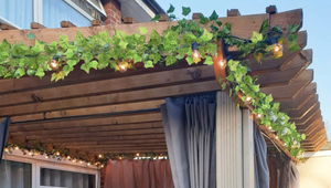 Decorate Your Home with These Artificial Ivy Garlands