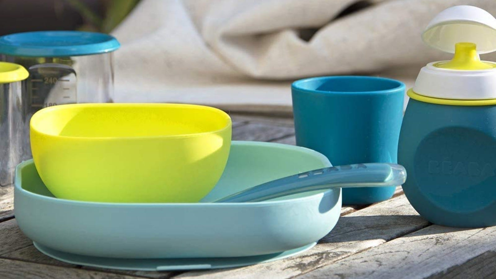 The BEABA Silicone Meal Set in Peacock (green and blue).