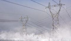 Is Your Power Out? 10 Tips for Staying Safe and Warm (or Cool)