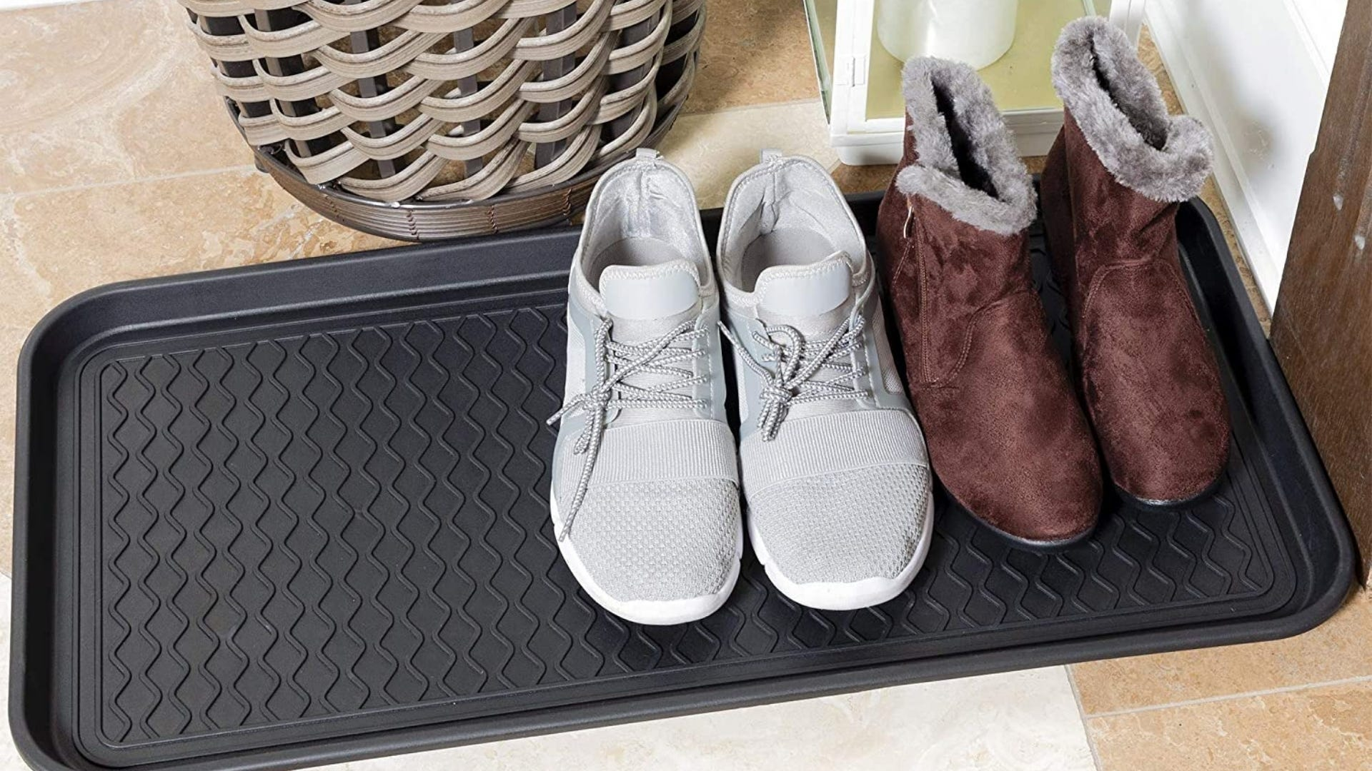 Shoe tray with two pairs of shoes inside