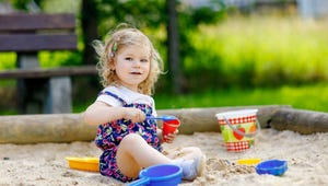 The Best Sandboxes for Your Kid's Backyard Adventures