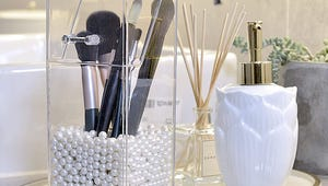 Makeup Brush Organizers to Clear Away Clutter