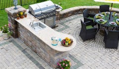 Outdoor Kitchens Will Be a Major Trend This Summer