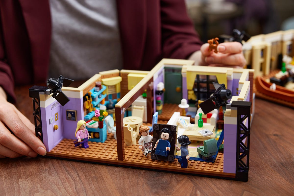 """The LEGO set of Rachel and Monica's apartment from """"Friends."""""""