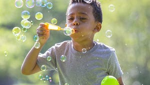 The Best Bubble Wands for Outdoor Fun