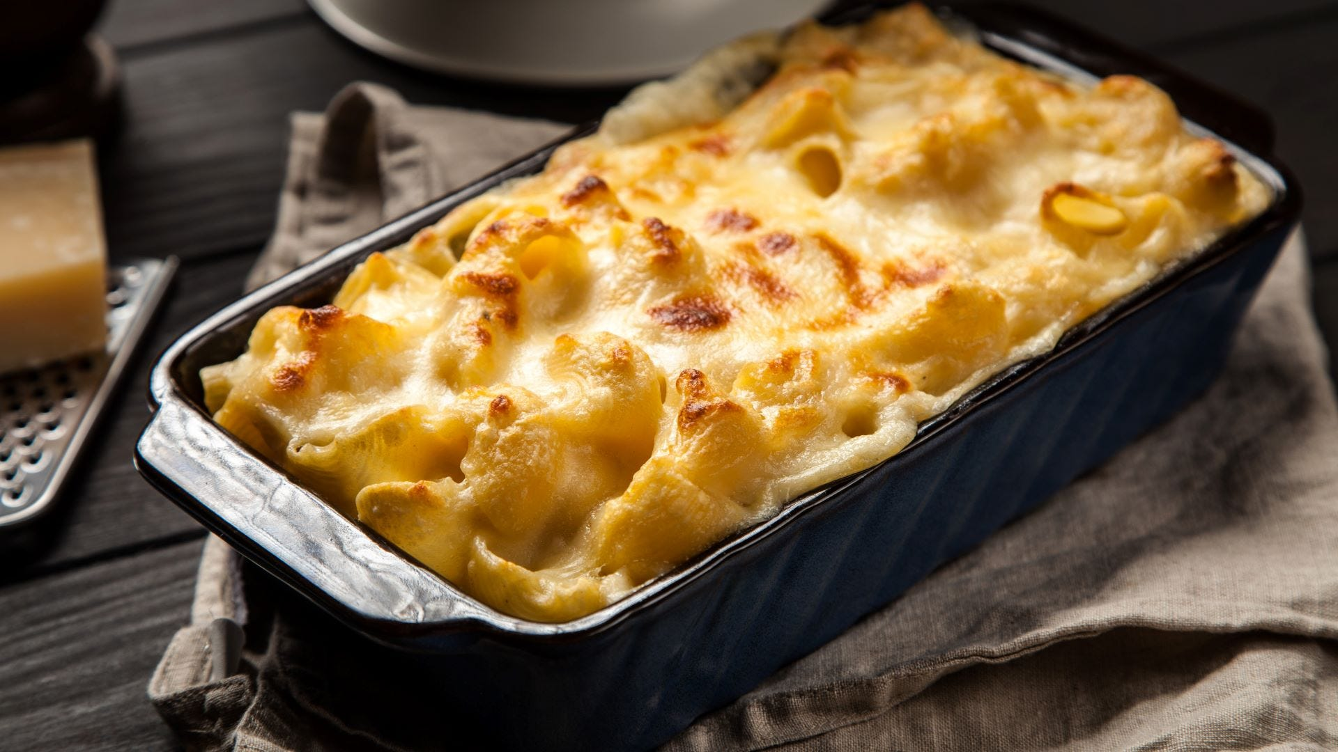 A pan of macaroni and cheese.