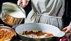 The 5 Mother Sauces of Classical Cuisine & How to Make Them