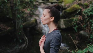 This Breathing Exercise Offers Benefits Equal to a 30 Minute Walk