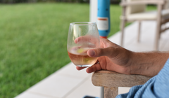 This Is the Best Type of Glass for White Wine