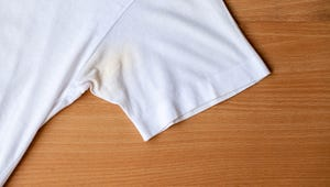 This Two-Ingredient Paste Will Get Pit Stains Out of White Clothes