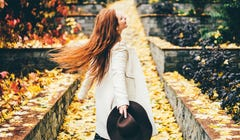 Here's Why You're Obsessed With Fall According to a Psychologist
