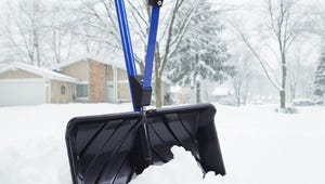 The Best Snow Shovels for Your Driveway