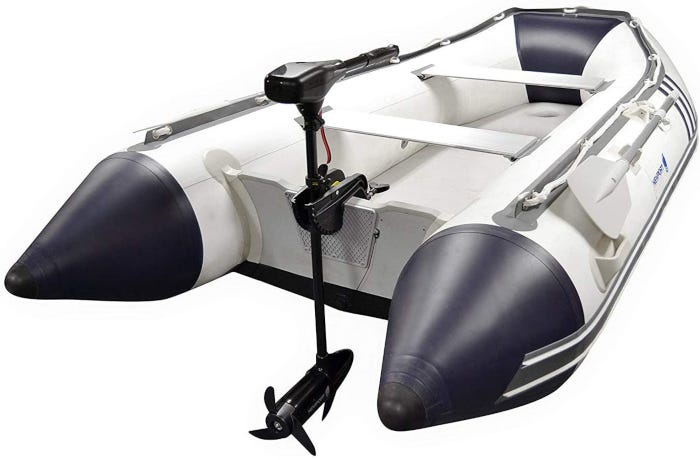 Black 12-volt trolling motor with a 30-inch shaft and three propellers.