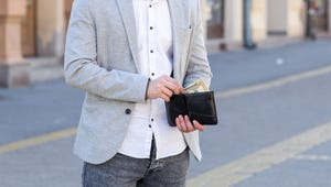 The Most Stylish & Secure Men's Wallets