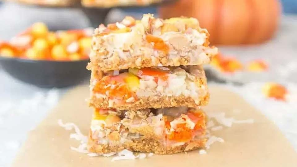 Delicious crunchy candy bars made with butterscotch and candy corn.