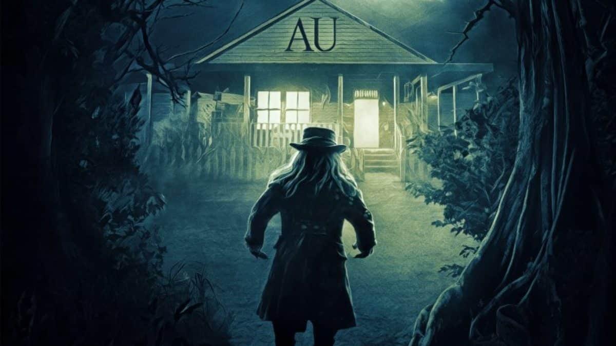 The Leprechaun approaches a sorority house.