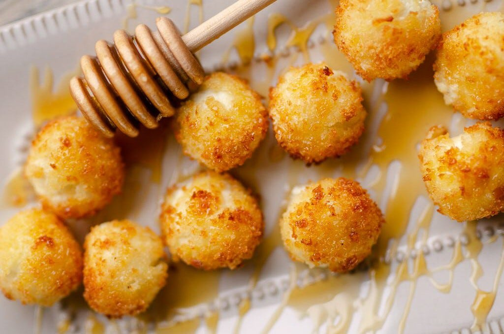 Air Fryer honey and Goat cheese balls