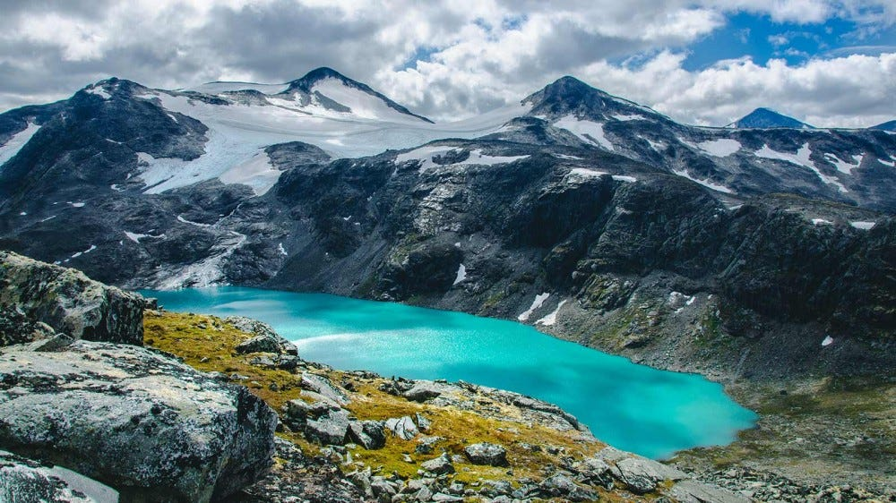Turquoise lake in Jotunheimen Nationalpark, Norway.