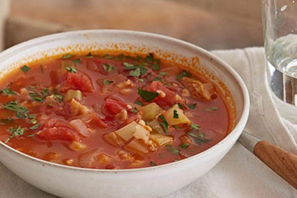 A bowl of Manhattan chowder