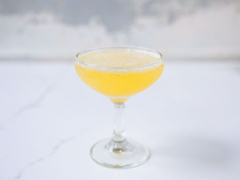 A Bee's Knees cocktail.