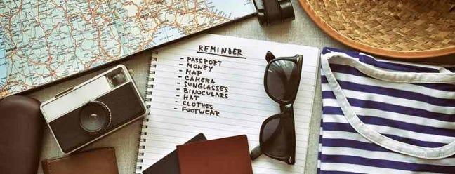 Müde von Sachen zu Hause zu vergessen? Beginnen Sie mit der Verwendung von Reise-Checklisten